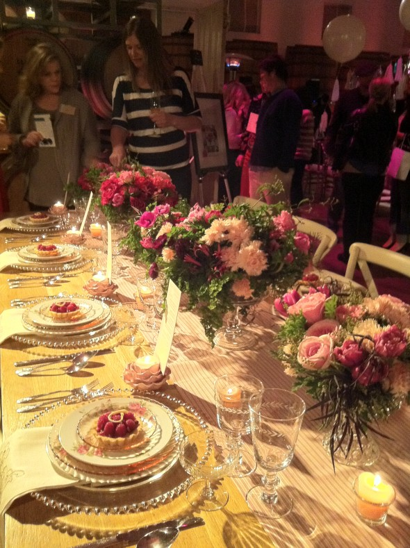 Pink tablescape at The Lab wedding show