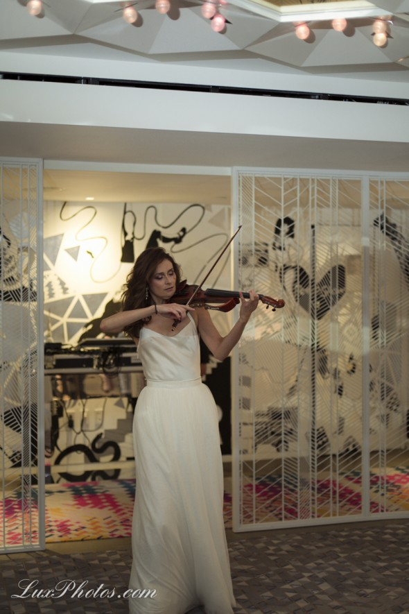 Star Talent Violinist at Della Giovanna Show