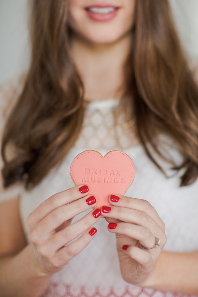 bridal-musings-heart-cookie-photo